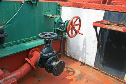 Pipes, Valves And Fly-wheel