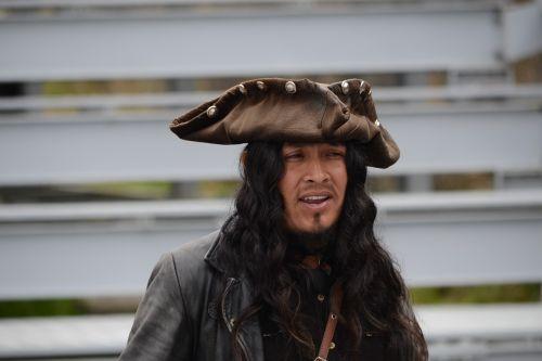 pirate actor costume