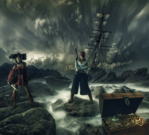 pirates of the  fantasy  girl