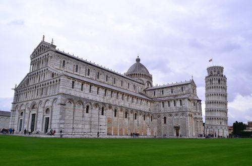 pisa italy tourism