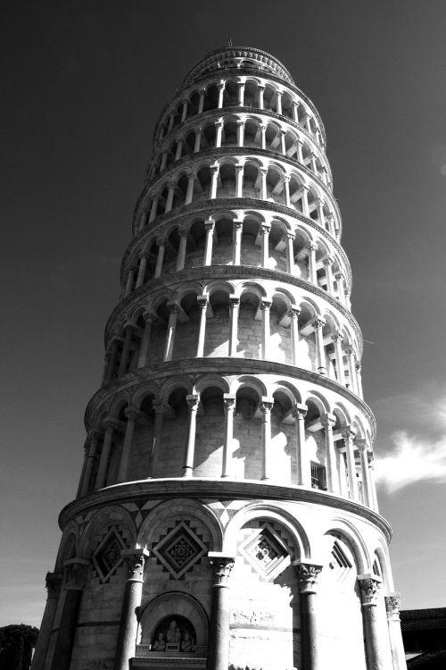 pisa torre tuscany