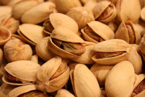 pistachios nuts snack