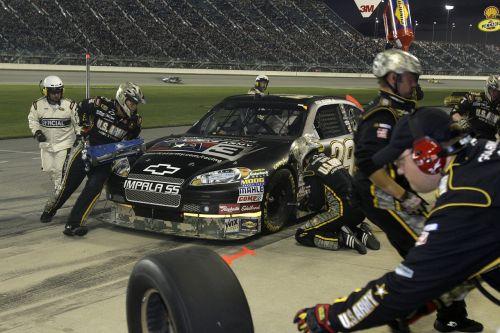 pit stop pit crew nascar