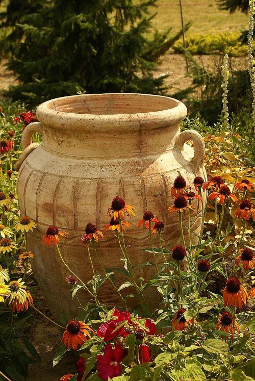 pitcher garden park