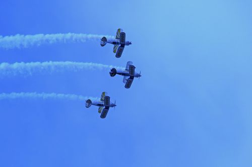 pitts special,team,aircraft,aerobatic,display,formation,smoke,speed,precision,flying,aviation,airshow,sky,blue