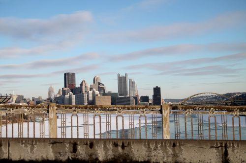 Pitsburge, upė, sušaldyta, sušaldyta & nbsp, upė, turėklai, panorama, vakarinis & nbsp, galas & nbsp, tiltas, tiltas, miestas, plieno gamintojai, piratai, pingvinas, miežiai, yinz, punktas, fort & nbsp, pitt, pgh, Pitsburge - turėklai - 02
