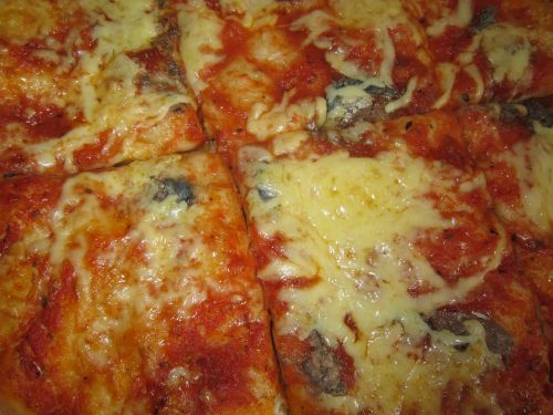 pizza kitchen cook