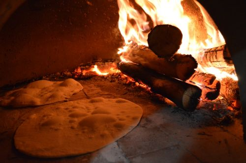 pizza forna firewood coal
