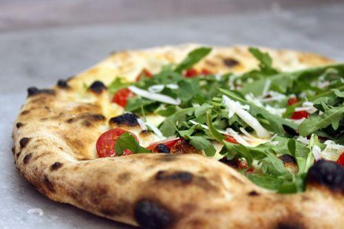 pizza kitchen dishes