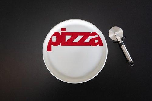 pizza  board  cutter