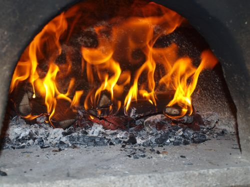 pizza oven pizza fire