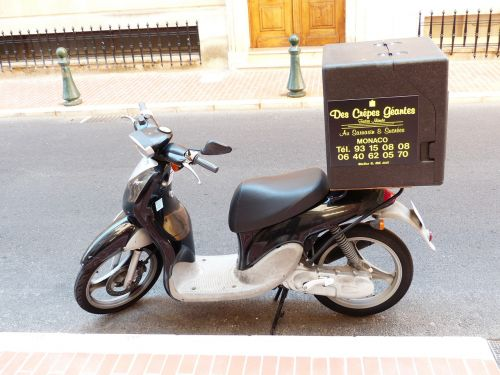 pizza service pizza supplier motorcycle