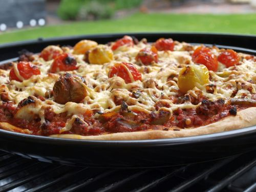 pizza with minced meat bbq pizza pizza from the grill