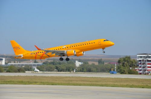 plane embraer 190 ar saratov airlines