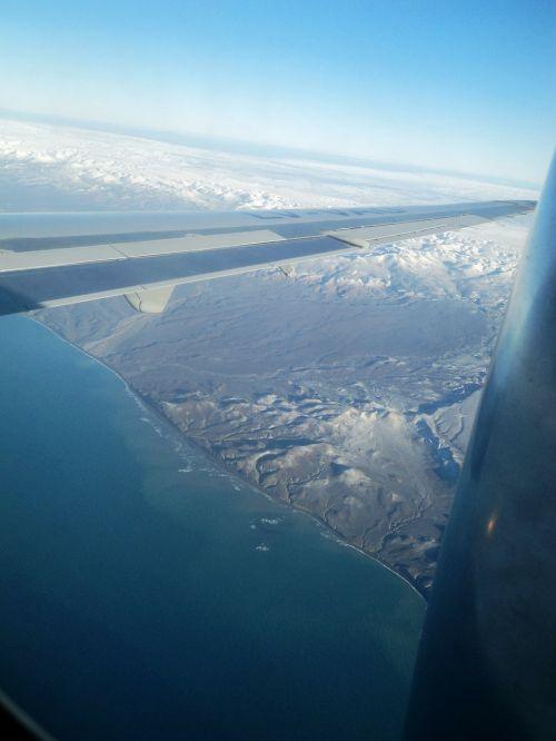 plane snow flight