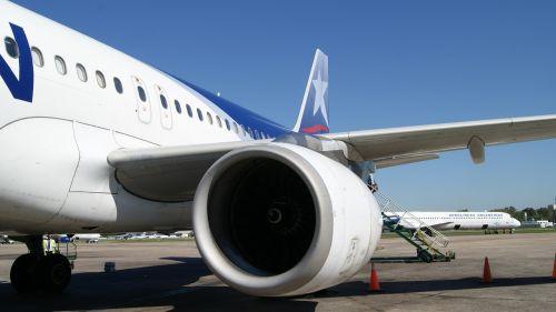plane airport chile