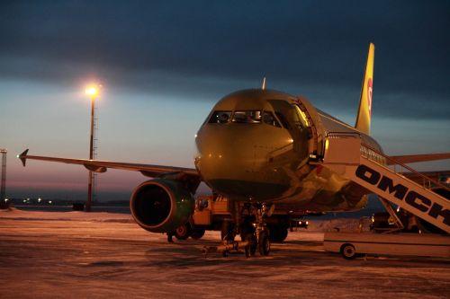 plane s7 sibir airlines