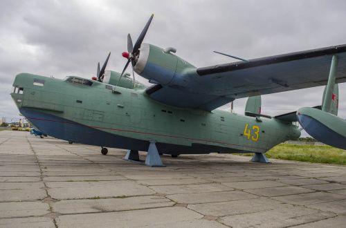 plane boat exhibit
