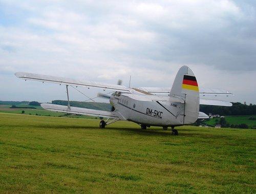 plane  history  show
