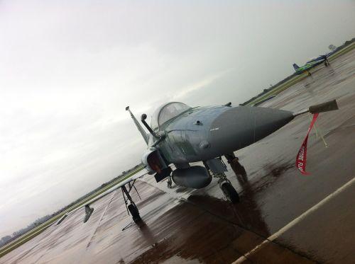 plane hunting aeronautics