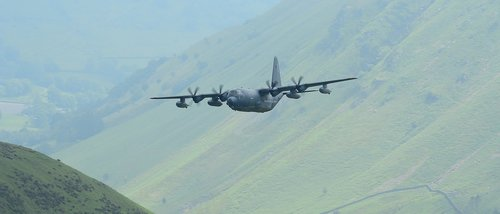 plane  low level  mach loop