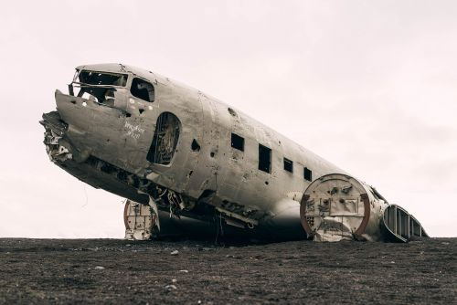 plane decayed airplane