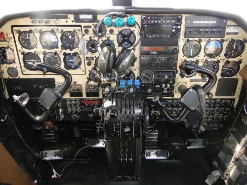 plane clock indicators