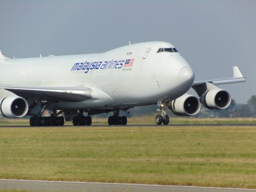 plane boeing747 malaysia airlines