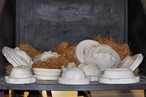 gipso formos,medžio vata,forma,porcelianas,muziejus,senas,istoriškai,porzellaneum annaburg