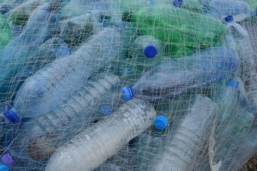 plastic bottles fishing net netting