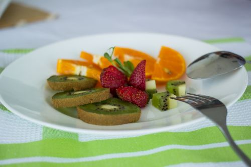 plate fruit table