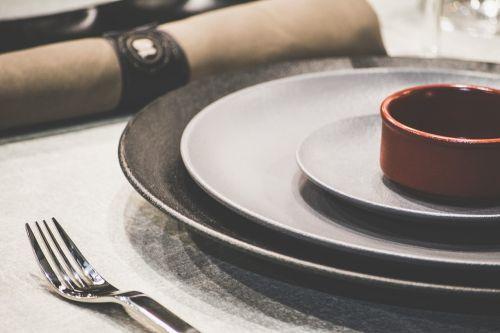 plate utensils fork