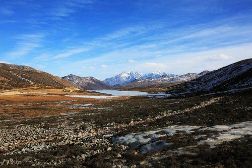 plateau scenery  plateau  snow mountain