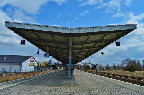 platform roof construction architecture