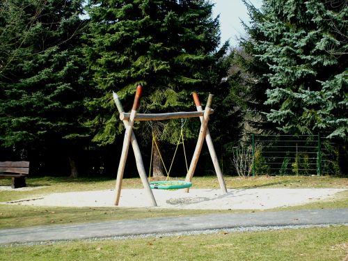 playground swing swing device