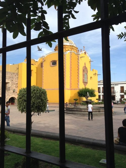 plaza chapel grating