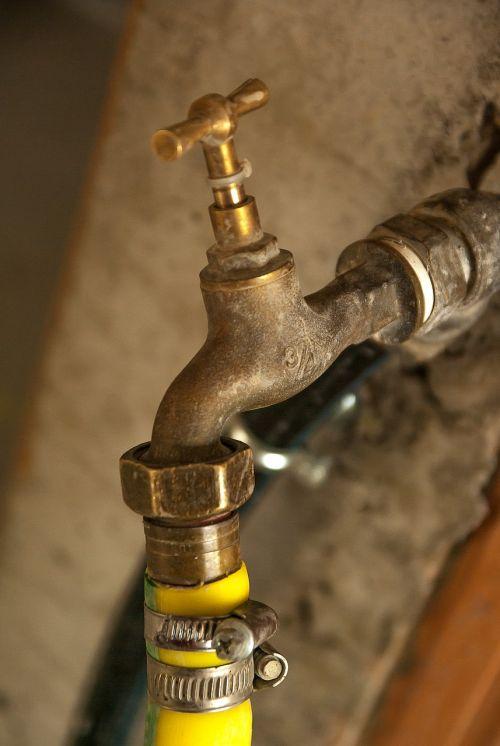 plumbing faucet hose