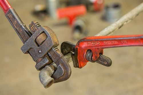 plumbing pipe wrench repair