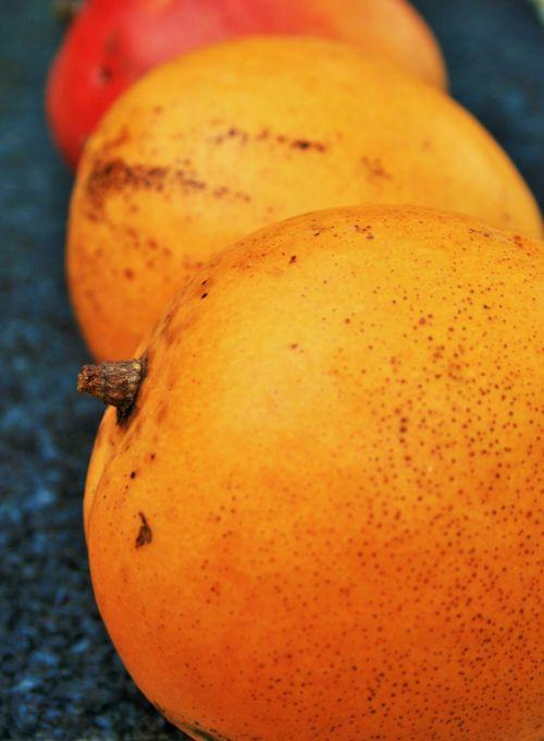 Plump Mangos
