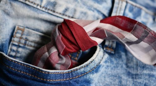 pocket handkerchief knot