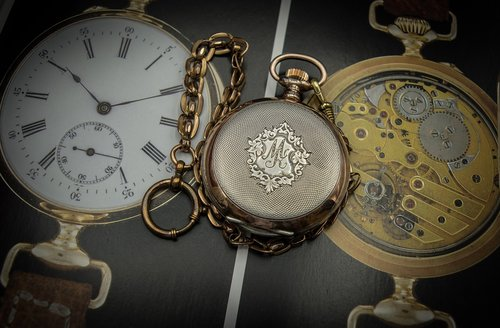 pocket watch  hand engraving  rocaille