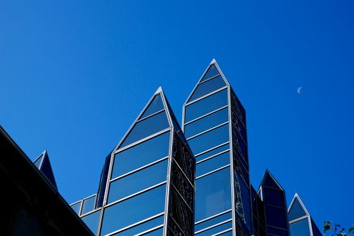 Points Of Glass And Steel
