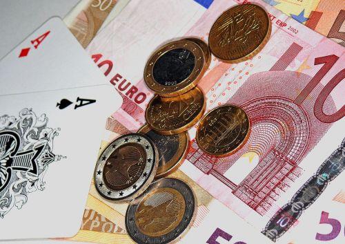 poker aces profit