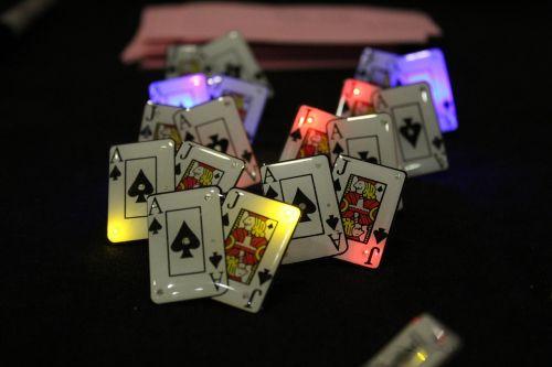 poker pins ace