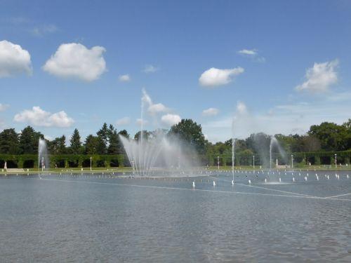 poland wroclaw fountain