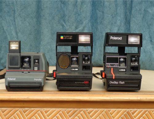 polaroid camera vintage