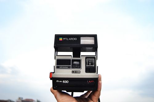 polaroid camera instant