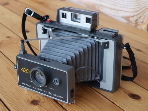 polaroid retro camera