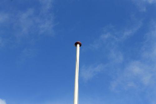 pole white flag