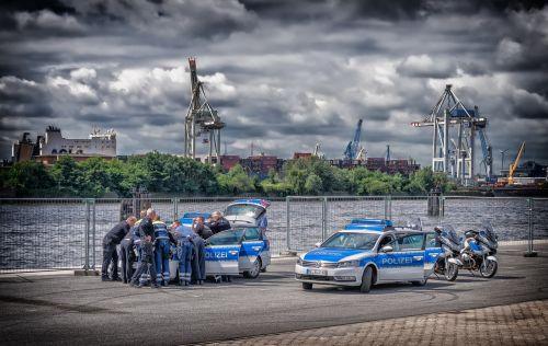 police meeting break
